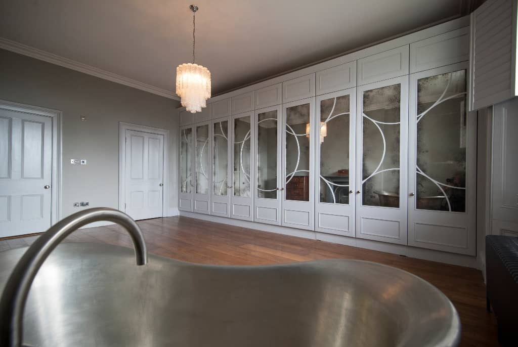 Art Deco fitted wardrobes with mirror doors