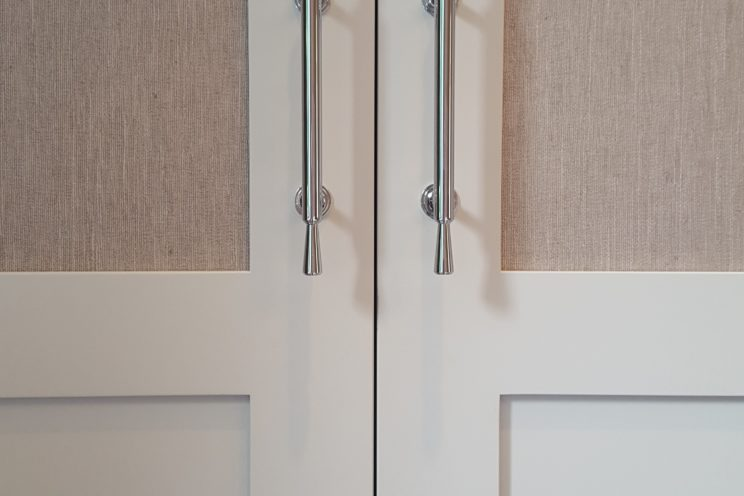 Wardrobe panelled doors detail
